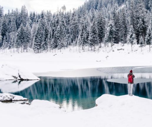 Winter-Fishing-Mountain-Lakes-Snowmobiling