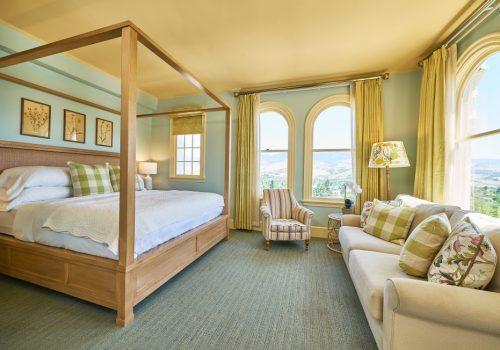 21021 Ashland Spring0253_ Premium Corner View King